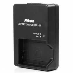 Nabíječka Nikon MH-24 pro baterie Nikon EN-EL14